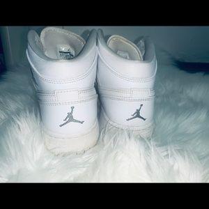 Jordan retro 1's shoes